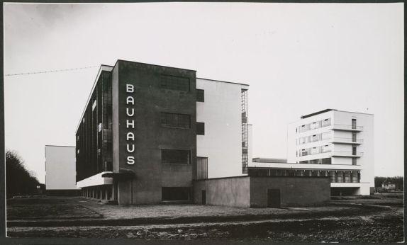 bauhaus-building-dessau
